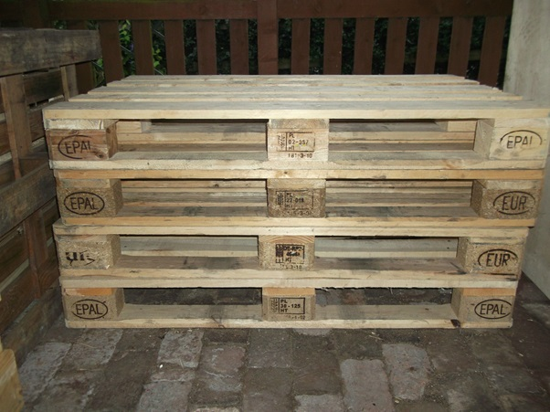 Euro pallets 800 *1200 fits through most doors B2C